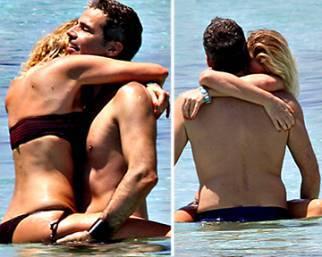Alessia Marcuzzi, un mare di passione con Paolo