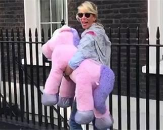 Alessia Marcuzzi: 'A Londra non faccio effetto'