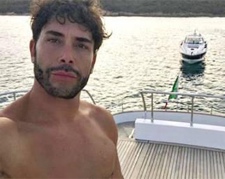 Giacomo Urtis, estate vip in Sardegna