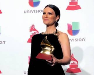Laura Pausini, lacrime ai Latin Grammys
