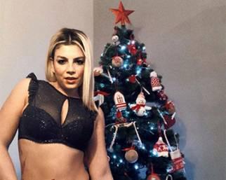 Emma Marrone sotto l'albero di Natale è...