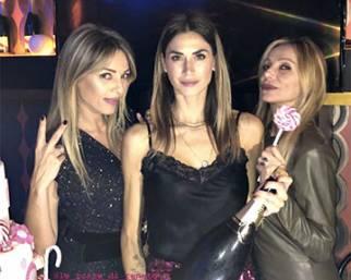 Melissa Satta, compleanno con Maddox e poi con le amiche