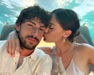 Cecilia e Ignazio nel ristorante sottomarino