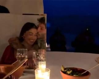 Belen e Stefano, il bacio in Marocco