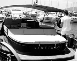 Belen e Stefano: la barca extra lusso di De Martino