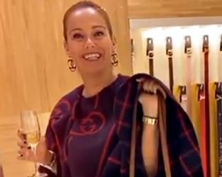Sonia Bruganelli, shopping fuori orario con Laura Cremaschi