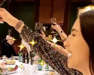 Aurora Ramazzotti, cena di compleanno per i 23 anni