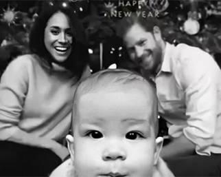 Meghan con Harry e Archie: la cartolina di Natale