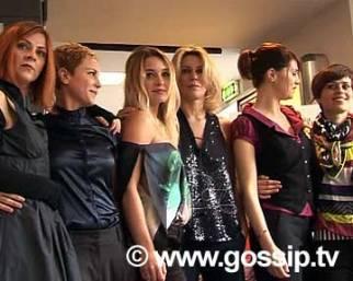 Otto donne, due partite