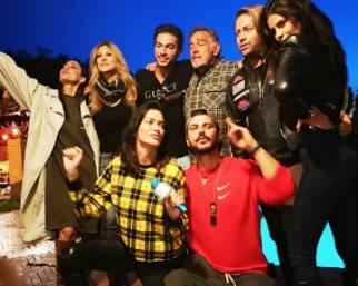 Reunion a casa di Fabio Testi del cast del GF Vip