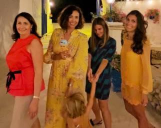 Caterina Balivo riabbraccia le sorelle dopo 6 mesi