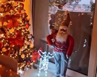 Federica Nargi addobba la casa per Natale