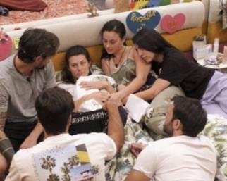 Dayane Mello rivela alla figlia la morte dello zio