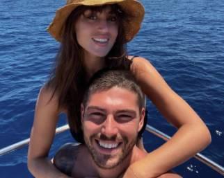 Cecilia Rodriguez con Ignazio in barca in Sicilia