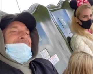 Totti e Ilary a Disneyland con Isabel